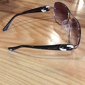 Bvlgari made in Italy designer sunglasses new cond